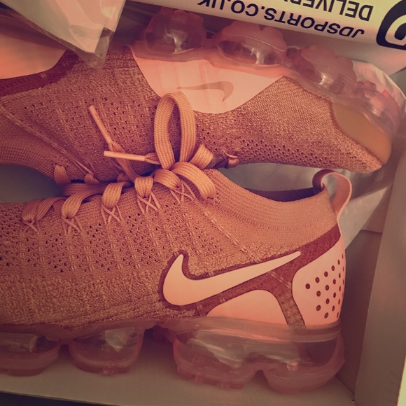 the latest aa651 0434d Nike Air VaporMax Flyknit 2